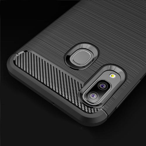 Carbon Case elastyczne etui pokrowiec Samsung Galaxy A20e czarny